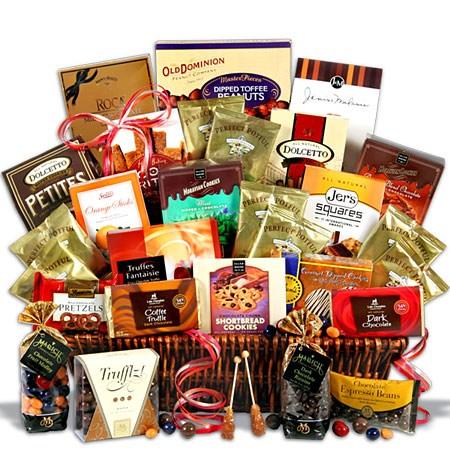 Ultimate_Coffee_and_Chocolates_Gift_Basket