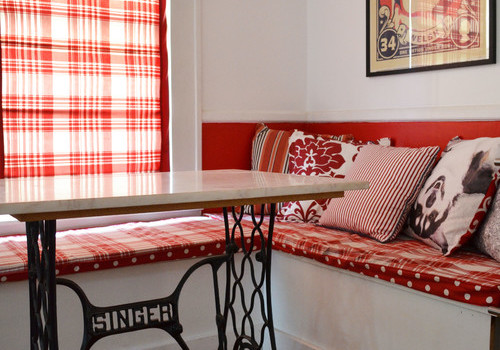Red & White Kitchen Nook Update
