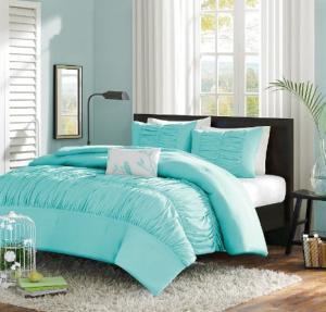 Decorating Your Dorm Room aqua comforter, dorm room decor