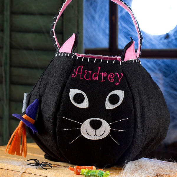 Halloween Trick Or Treat Bags Personalized.Adorable Personalize Embroidered Trick Or Treat Bags