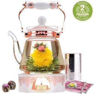 Buckinghan Palace Teapot Set with Tea Flower Pods