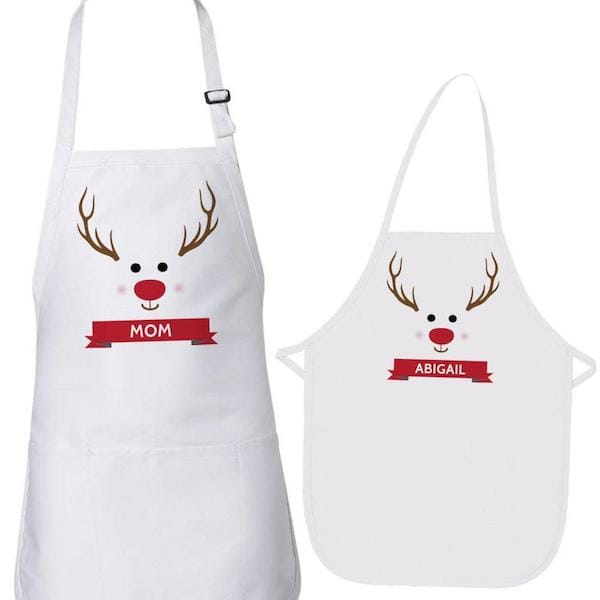 Family-Matching-Personalized-Christmas-Reindeer-Aprons